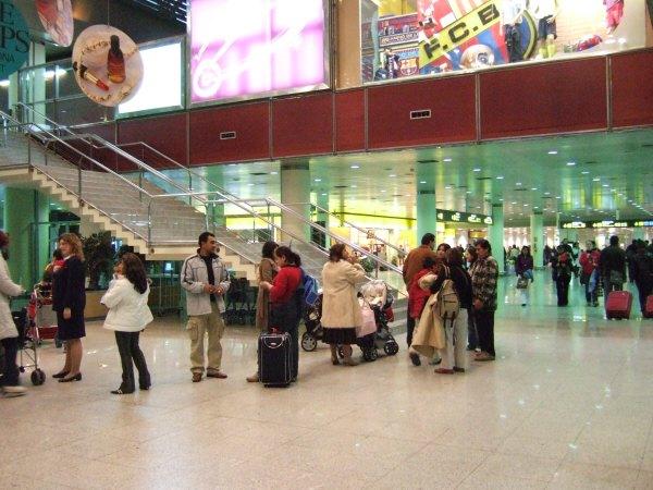 エスパーニャSPAINカタルーニャ地方・バルセロナ空港BCNバルセロナプラット空港FCBF.C.Bバルサ