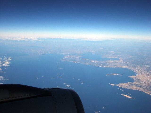 SPANAIR EC-IMB エアバスAIRBUS A320-200 フランス・マルセイユの街 マルセイユ港