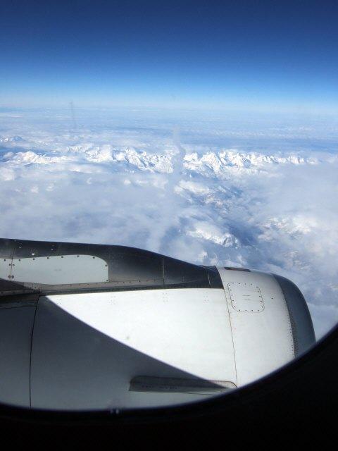 SPANAIR EC-IMB エアバスAIRBUS A320-200スイスアルプスの山々空から見たアルプス山脈