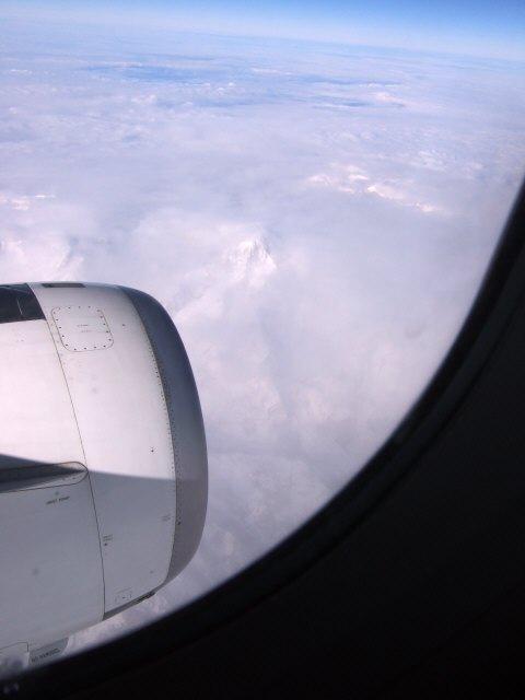 SPANAIR EC-IMB エアバスAIRBUS A320-200スイスアルプスの山々ヨーロッパアルプス雲海