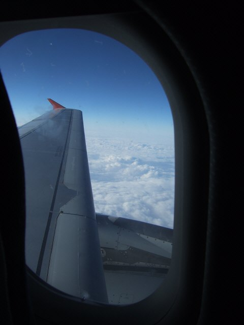 SPANAIR EC-IMB エアバスAIRBUS A320-200ヨーロッパ上空雲海