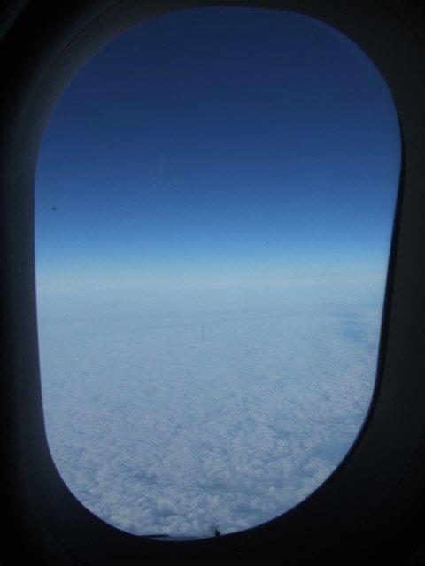 SPANAIR EC-IMB エアバスAIRBUS A320-200ヨーロッパ上空飛行機雲