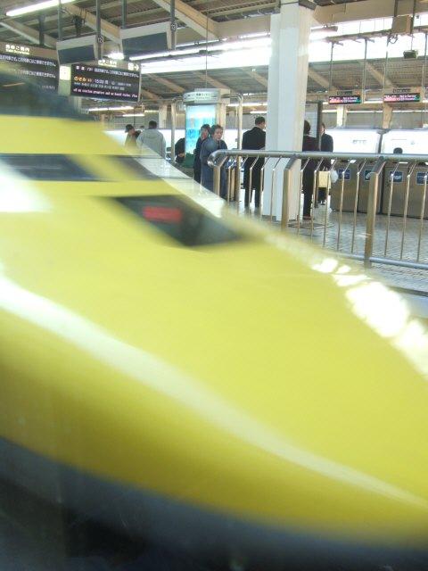 ドクターイエロー黄色い新幹線