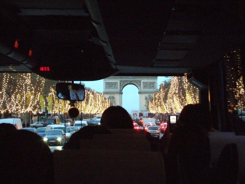 フランスパリの街角写真france-parisパリマップ地図パリ市内観光シャンゼリゼ通りシャンゼリゼ大通り凱旋門