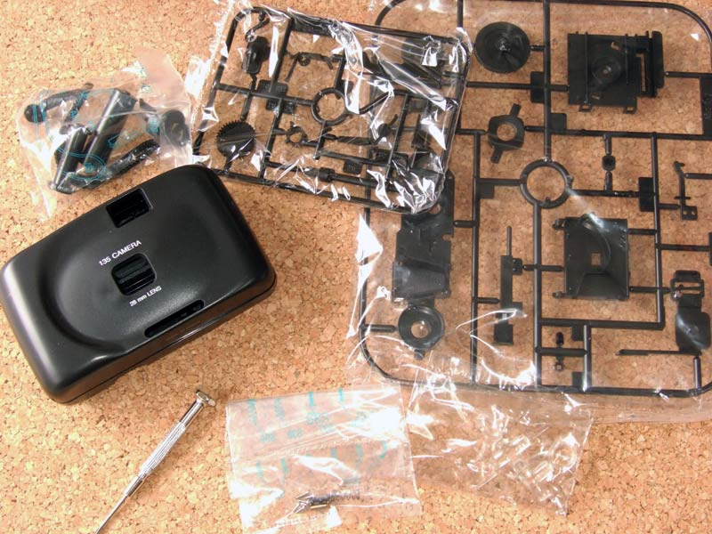 組立て式プラモデルカメラ135CAMERA MODEL KIT135カメラモデルキットコンパクト35mmカメラ