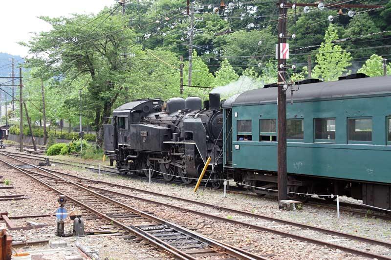 大井川鉄道で行く寸又峡温泉の旅蒸気機関車