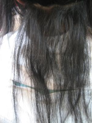 後ろの髪が縮毛矯正でチリチリに