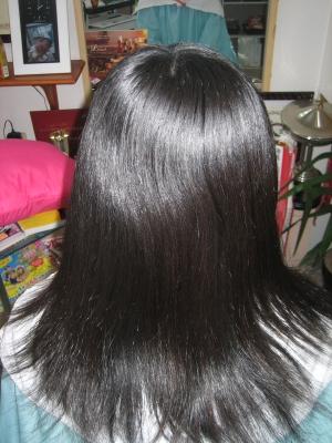広がる髪を扱い易くするパーマ