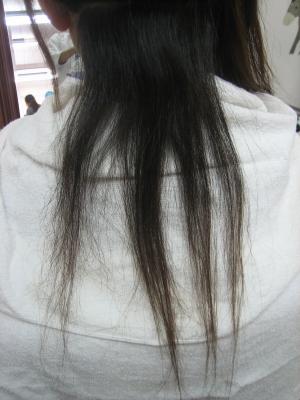 チリチリになって切れた髪
