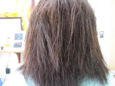 陰毛みたいな髪 ジリジリ ストパー