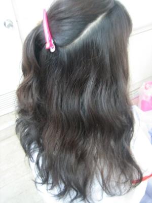 くせ毛 くせっ毛 うねる髪 広がる髪