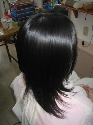 ボリュームダウン 髪の量を減らす ストレートパーマ 奈良市 学園前 美容室 専門店