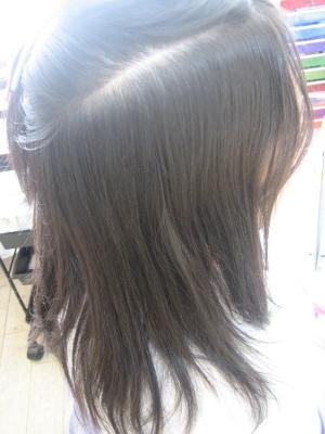 毎日アイロンをする髪 ストレート