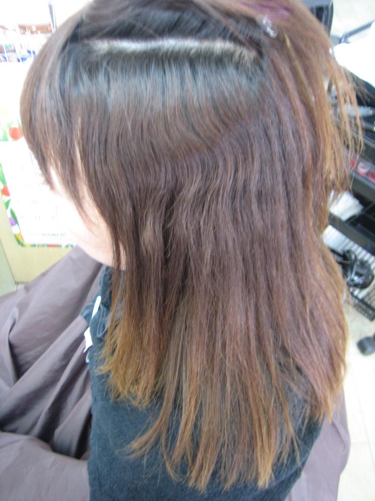 痛んだ髪を治す技術 美容室 関西