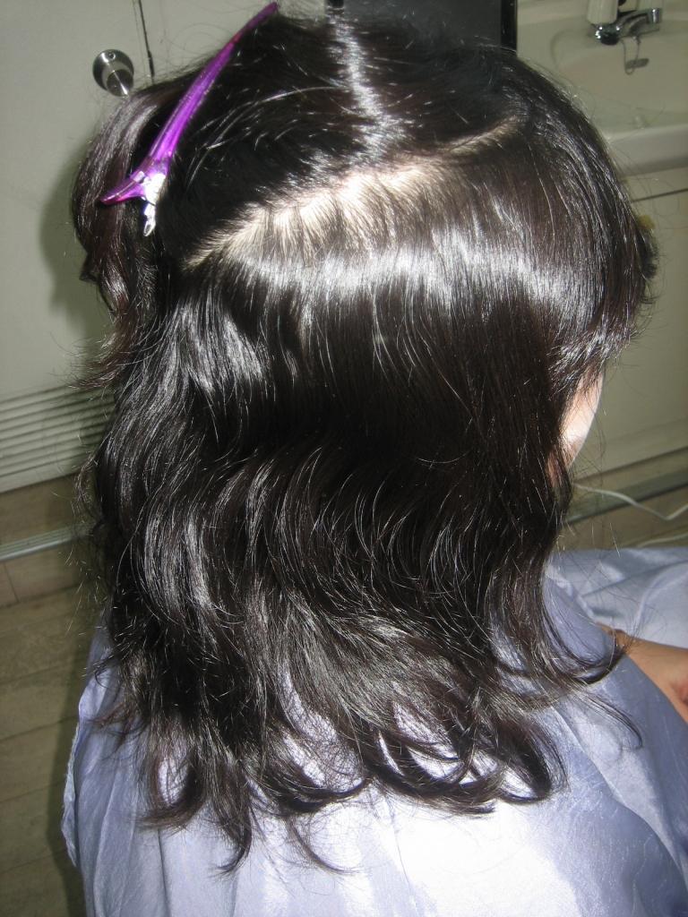 広がりやすい髪の特徴