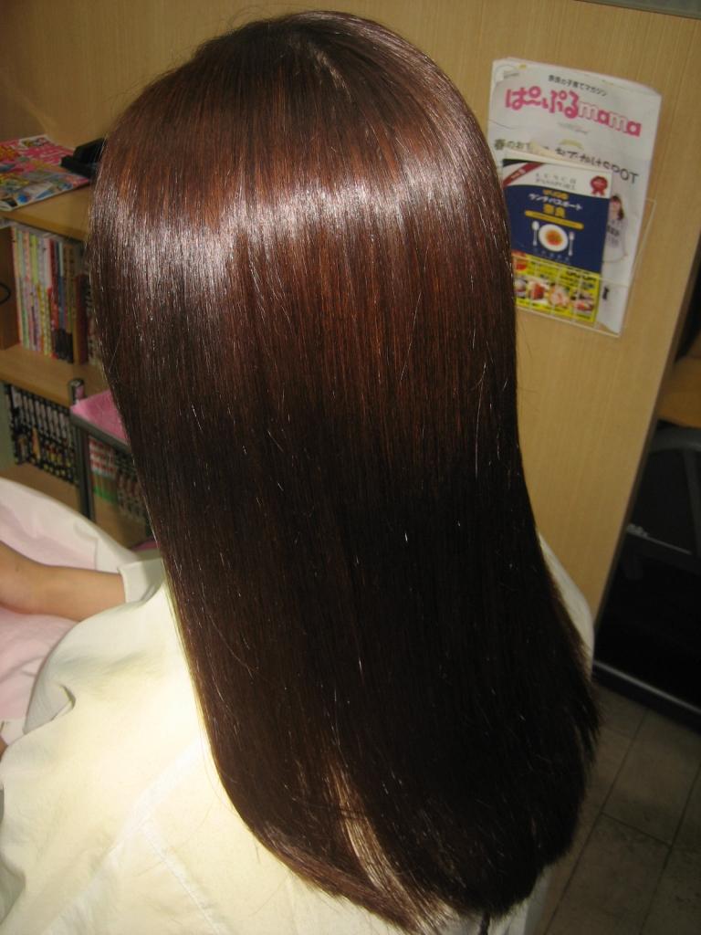 広がらない髪 広がらないヘアスタイル
