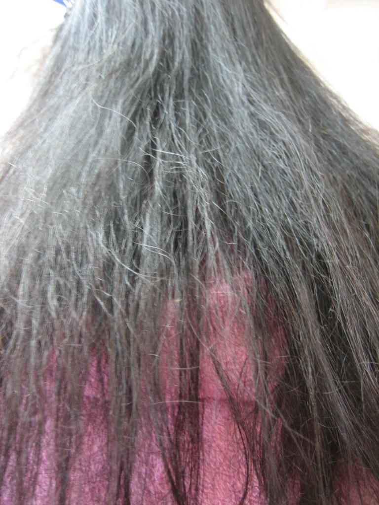 ジリジリ チリチリ 髪の毛が痛んだ