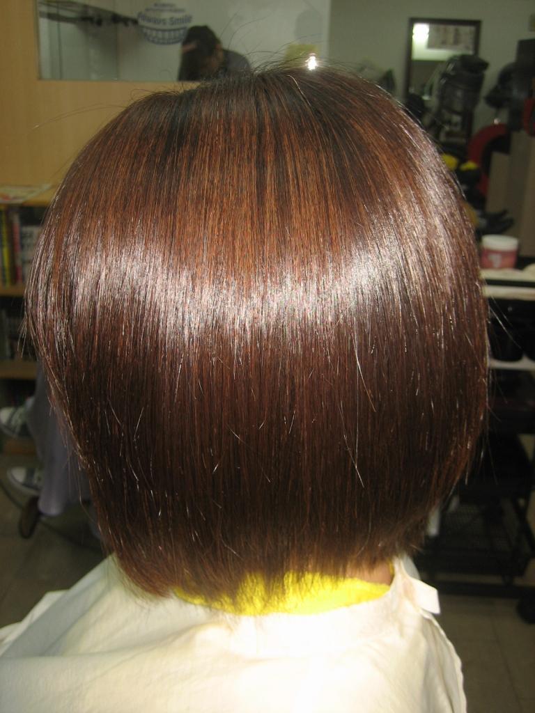 広がらないボブ 髪質改善 縮毛矯正 奈良市