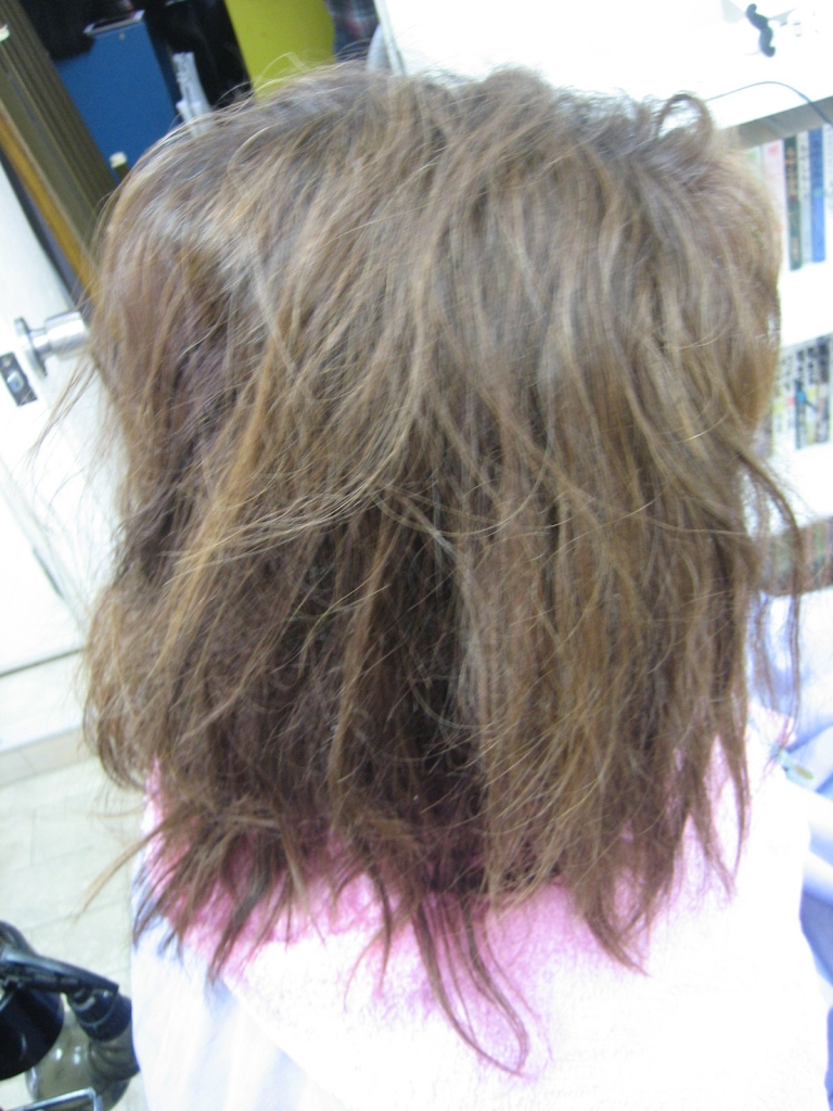 生駒 縮毛矯正の失敗 学園前 美容室の失敗 西大寺 髪の量減らしすぎた 高の原 髪質改善