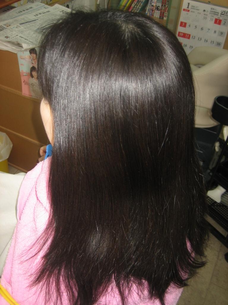 真っ直ぐになり過ぎない縮毛矯正 高の原 傷まない縮毛矯正 西大寺 髪質改善専門店 生駒