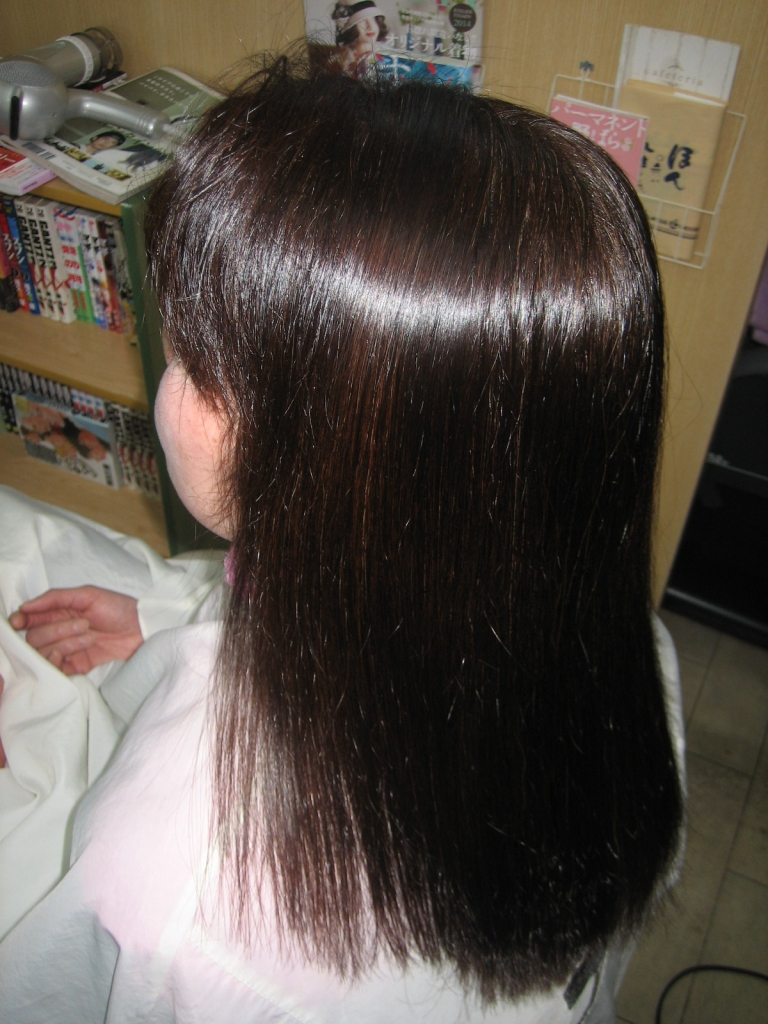 神戸 縮毛矯正の失敗を治します 京都 縮毛矯正専門店 三重 美容室 滋賀