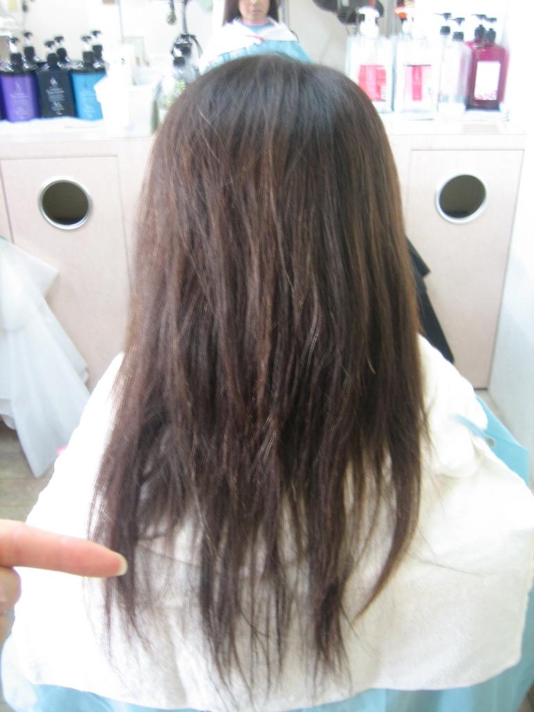 大和郡山市 ストレートパーマの失敗 北葛城郡美容室 髪の量を減らされすぎた時の対処法 大和高田市 美髪 艶髪 ビビリ毛