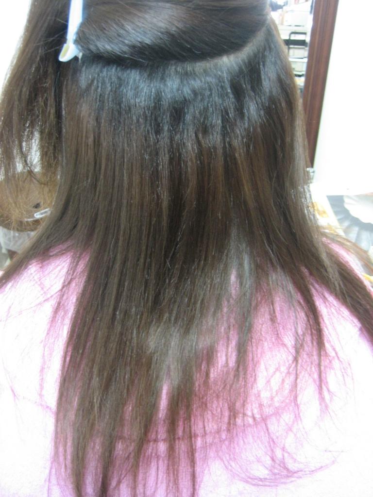 クセが中々伸びない髪質 クセが強くてすぐに髪が痛んでしまうのが悩み