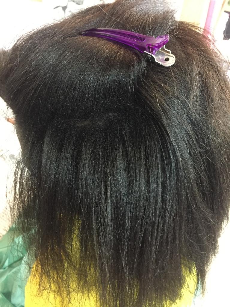 外国人の縮毛矯正 黒人のストレートパーマ