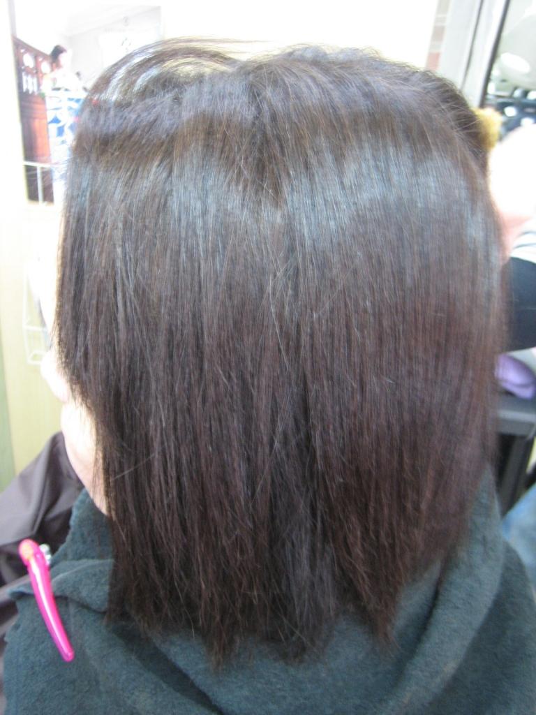 アラカンヘアスタイル ナチュラル系 白髪染め ストレートボブ