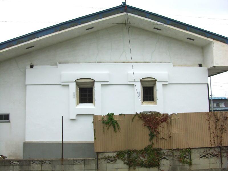 修復後の南側土壁�
