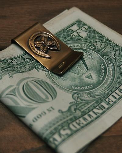 hoseshoe_clover_moneyclip2.jpg