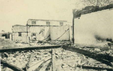 第2革命兵燹後之校舎