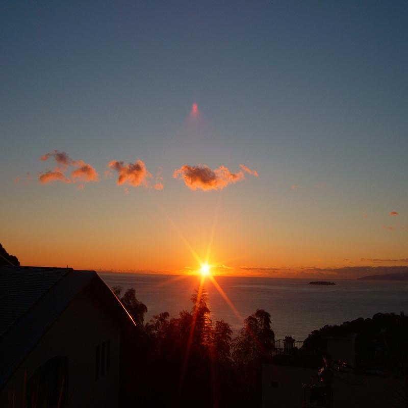 ラビスタ伊豆山からの日の出