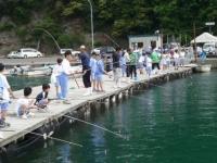 釣堀りでの『釣り体験』♪