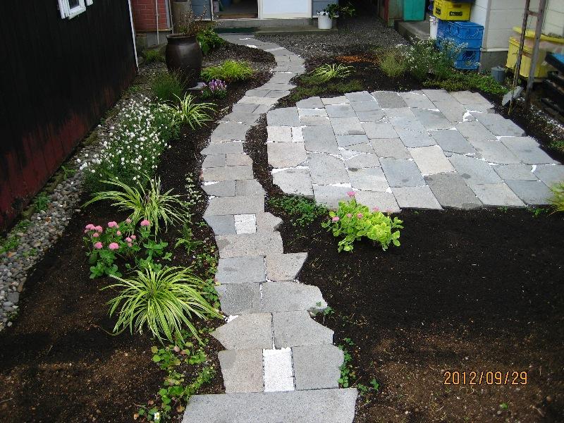 続クローバーの庭