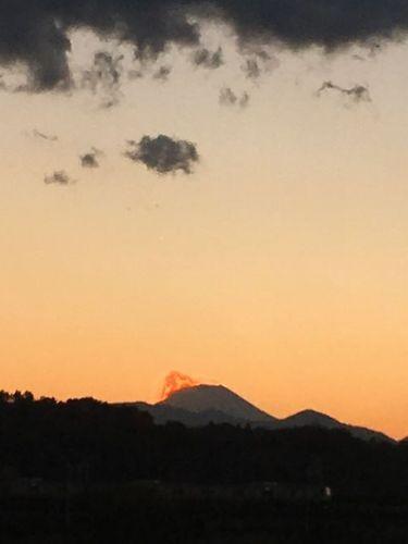 是政橋から見える富士山が燃える?