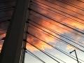 雲がピンクに染まる。主塔から仰ぎ見る02