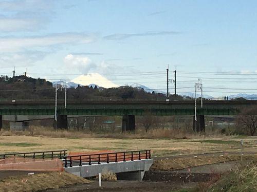 災害対策橋と富士山