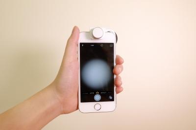 μHandyを取り付けたスマホのカメラアプリを起動