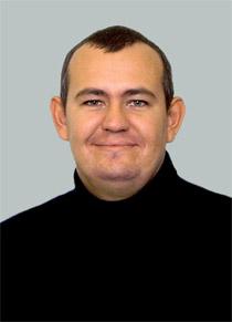 アヴグスト・アモノフ