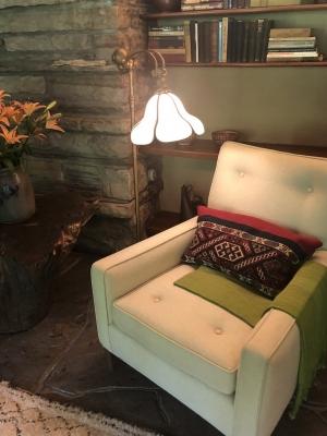 ゲストハウスのソファー.jpg