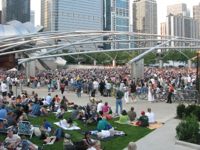 20090814_Pritzker_Pavilion_on_Beethovens_9th_Day_(2).jpg