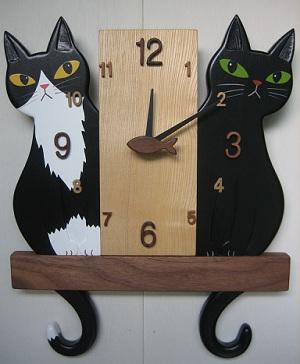 黒猫とタキシード猫
