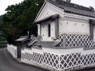 松崎のなまこ壁土蔵