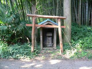 円明寺近隣の鳥居