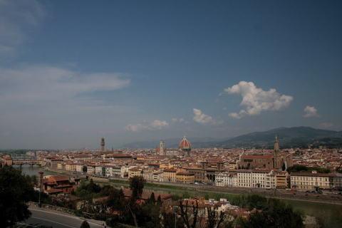 ミケランジェロ広場からフィレンツェの街を一望