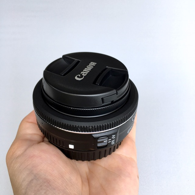 ようやく機材一新できたので、新しいカメラバッグの中身を紹介したいと思います。第一弾同様珍しいものや特別高価は入っていませんが、機能も画質も少しグレードアップ、必要なものだけを揃えました。
