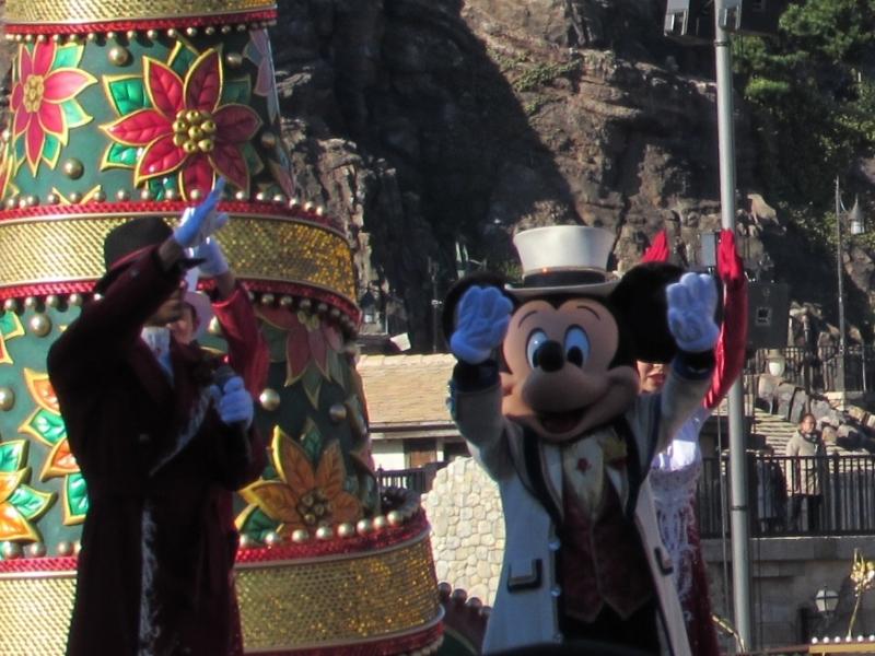 東京ディズニーシーのパレード(ミッキーマウス