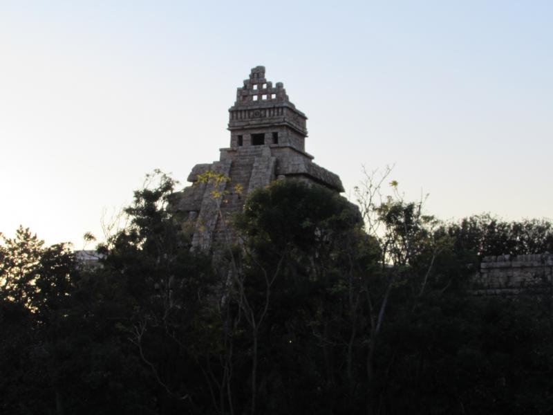 インディ・ジョーンズ®・アドベンチャー: クリスタルスカルの魔宮