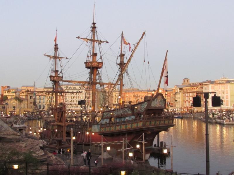 パイレーツ・オブ・カリビアンのガリオン船「ルネサンス号」